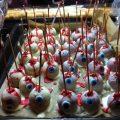 Augapfel-Cake Pops