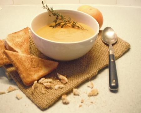 Orangen-Karotten-Ingwer-Suppe