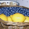 Zitronen im Körbchen