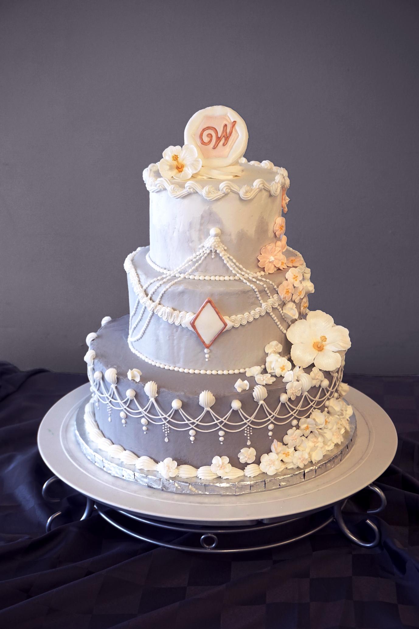 3-stöckige Torte, Royal Icing Dekor